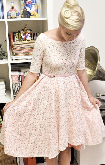 medeltida klänning mönster gratis